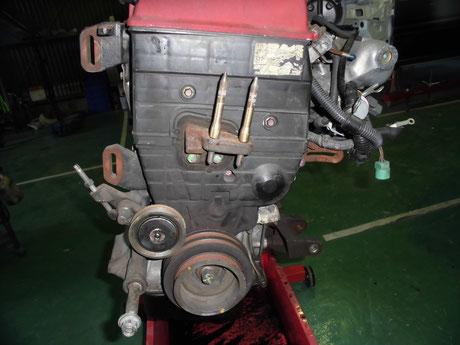 DB8 エンジン分解