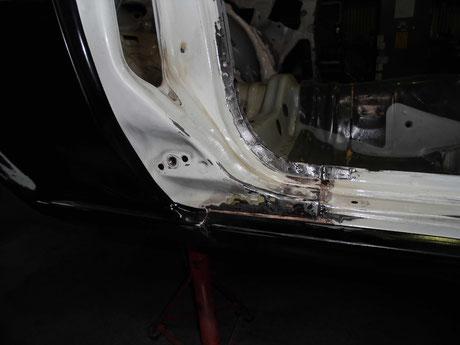 AE86 トレノ ドア開口部 錆修理