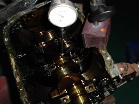 S320V ハイゼット クランクシャフト 曲がり 測定