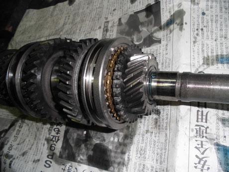 AE86 5速ギヤ組付け