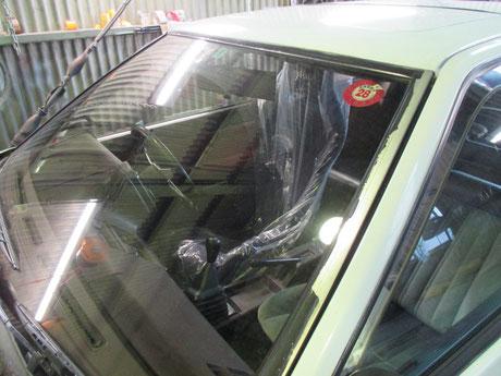 AE86トレノ フロントガラスモール