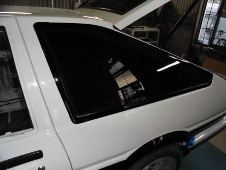 AE86 トレノ クォーターガラス取付け