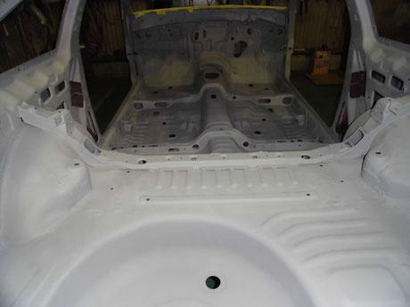 AE86 リヤフロア 室内塗装