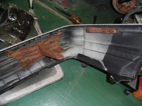 AE86 トレノ リヤバンパーブラケットの錆