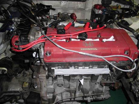 DB8 エンジン