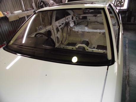 AE86 トレノ フロントガラス取付け