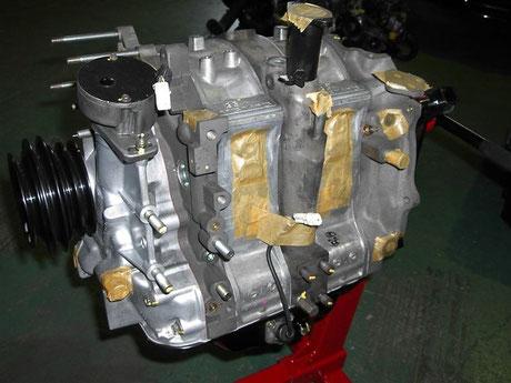 FC3S RX-7 マツダ純正リビルトエンジン