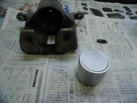 CL1 トルネオ ユーロR ピストン洗浄