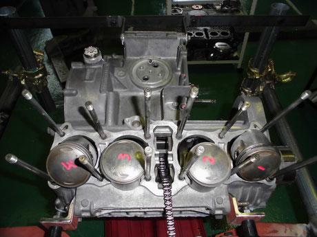 KZ1000 クランクケース