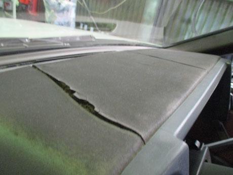 AE86 トレノ ダッシュボードの亀裂