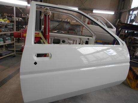 AE86トレノ レストア ドア クリヤ塗装