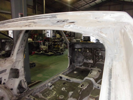 AE86 トレノ リヤ開口部 錆修理