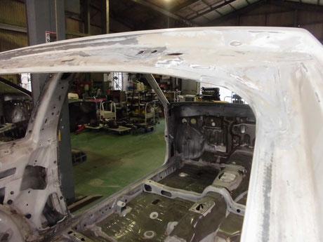 AE86トレノ リヤ開口部 錆修理