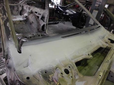 AE86トレノ レストア ガラス取付部 錆修理