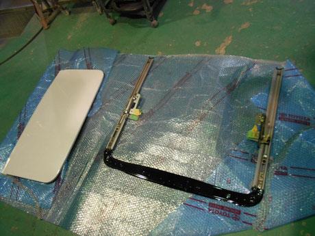 AE86 サンルーフ修理