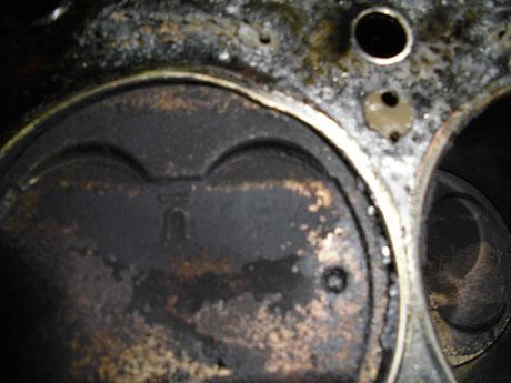 AW11 MR2 ヘッドガスケット破損