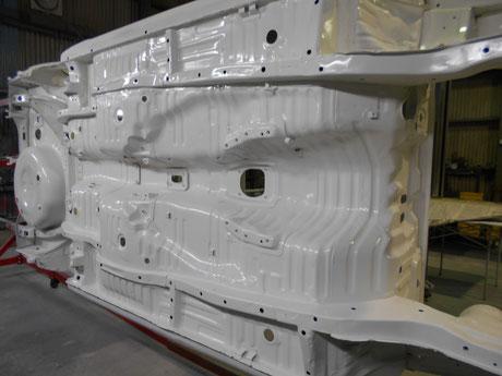 AE86レビン アンダーボディー塗装 レストア