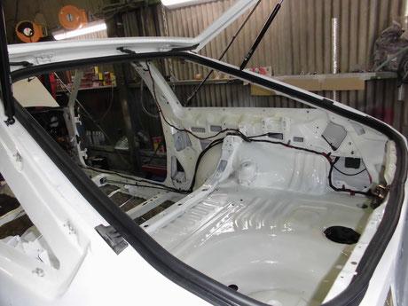 AE86 リヤハッチ ウェザーストリップ
