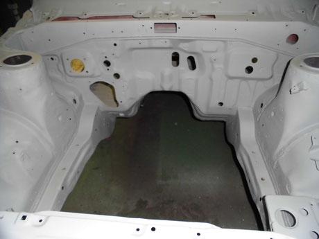 AE86 トレノ エンジンルーム プラサフ塗装
