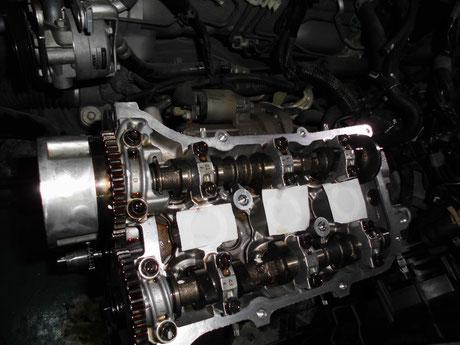 L235S エッセ カムシャフト組付け