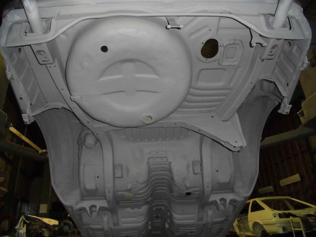 AE86 トレノ リヤフレーム プラサフ塗装