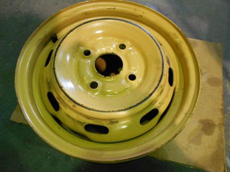 AE86 スペアタイヤ ホイール 修理前