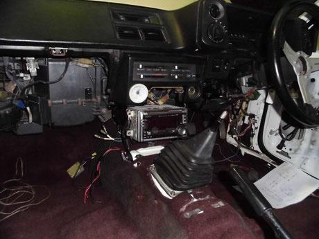 AE86 トレノ オーディオ取付け