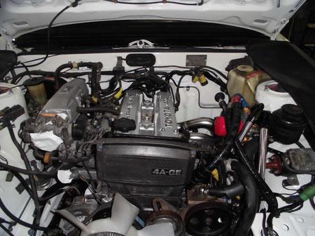 AE86トレノ レストア エンジンルーム