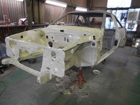 AE86フルレストア エンジンルーム塗装