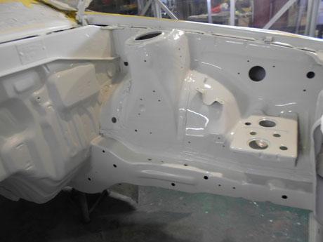 トレノ ハチロク フロント塗装ホワイト