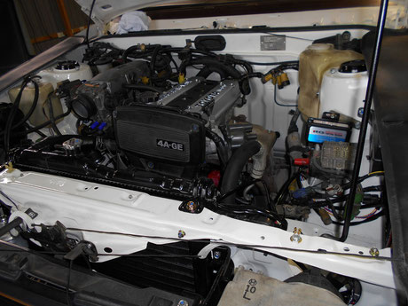 AE86 レストア エンジンルーム 組み立て
