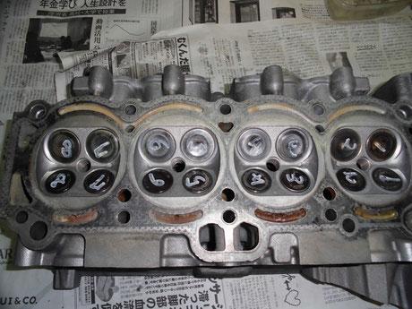 AE86 4AG バルブ組付け