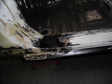 AE86 トレノ ロッカーパネルの錆
