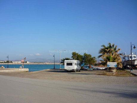 Sur le port de Pyrgos