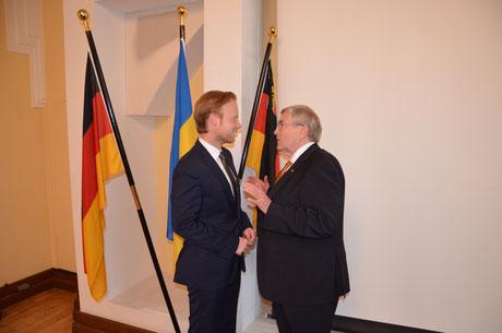 MdB Jan Metzler im Gespräch mit dem ehemaligen Bundestagsabgeordneten des Wahlkreises Worms-Alzey-Oppenheim, Prof. Dr. Hansjürgen Doss.