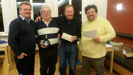 v.l.n.r.: 1. Sieger (Name nicht bekannt), 4. Sieger Waldemar Schott, 2. Sieger Carsten Baumann, 3. Sieger Germann Keller