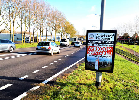 Buitenreclame als onderdeel van de reclamecampagne voor het Automotive Sales Event bij Autobedrijf De Jonge-Goes, officieel Toyota dealer. 44 verkochte auto's in 1 weekend.