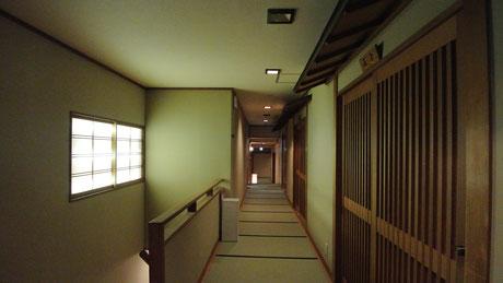 嵐山辨慶の廊下
