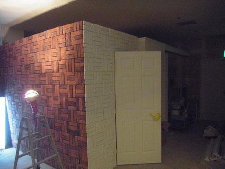 室内おしゃれドア・壁の塗り替え。海外ドラマに良く出てくるおしゃれ輸入ドア塗装完成。