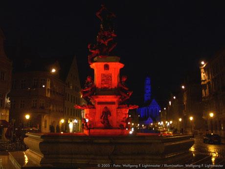 Stadtillumination - Illumination - Herkulesbrunnen Stadt Augsburg © 2005 - Foto: Wolfgang F. Lightmaster / Illumination: Wolfgang F. Lightmaster
