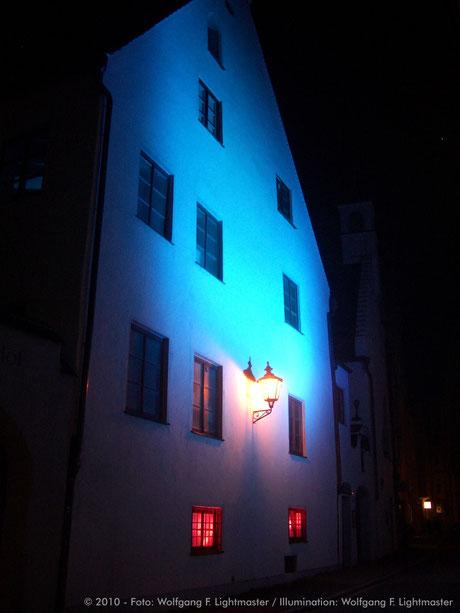 Stadtillumination - Illumination - Antonspfründe Stadt Augsburg © 2010 - Foto: Wolfgang F. Lightmaster / Illumination: Wolfgang F. Lightmaster