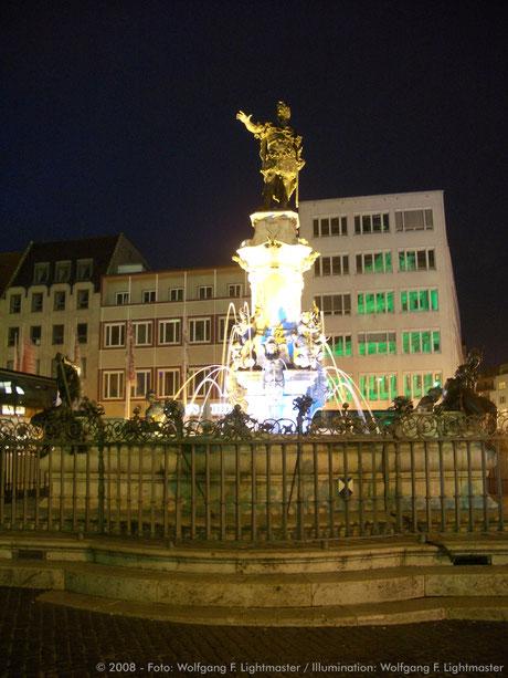 Stadtillumination - Illumination - Augustusbrunnen Stadt Augsburg © 2008 - Foto: Wolfgang F. Lightmaster / Illumination: Wolfgang F. Lightmaster