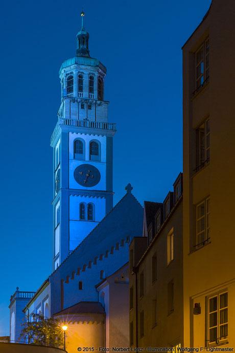 """Illumination Stadt Augsburg - Perlachturm - """"Augsburg strahlt"""" Stadtillumination Augsburg 05.08. bis 09.08.2015 © 2015 - Foto: Norbert Liesz / Illumination: Wolfgang F. Lightmaster"""
