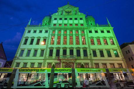 "Illumination Stadt Augsburg - Rathaus Stadtwerke swa - ""Augsburg strahlt"" Stadtillumination Augsburg 05.08. bis 09.08.2015 © 2015 - Foto: Norbert Liesz / Illumination: Wolfgang F. Lightmaster"