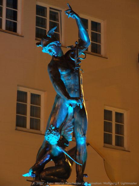 Stadtillumination - Illumination - Merkurbrunnen Stadt Augsburg © 2007 - Foto: Marius Patscheider / Illumination: Wolfgang F. Lightmaster