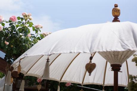 VERKAUFT / Bali-Sonnenschirm handmade CHF 175