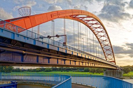 """""""Brücke der Solidarität (7-39572)"""" - Copyright by Franz Walter - Duisburg-Rheinhausen"""