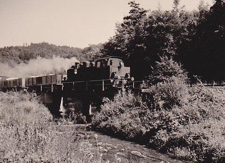 Lok15 auf der Kerkerbachbrücke zw. Hofen u. Eschenau