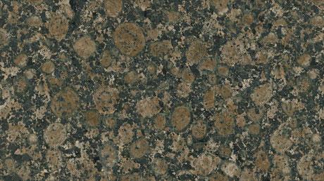 Ein Granit names Baltic Brown mit braun-schwarz  gepunkteter Struktur