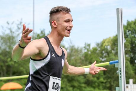 Freude bei Tom Ediger nach übersprungenen 2,02 m. (Foto: Footcorner)